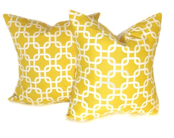 Yellow Pillow. 16x16 inch Pillow. Yellow and White Pillow.Decorative Pillow Covers. Throw Pillow Covers. Yellow.Printed fabric both sides