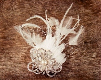 Bridal Clip - Pearl and Crystal Feather Hairpiece