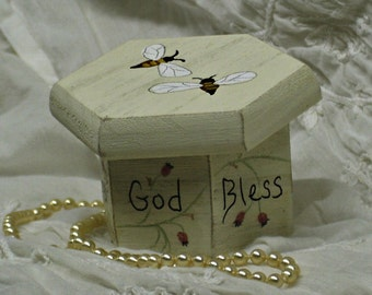 Jewelry Gift Ring/Necklace Box Trinket Small Keepsake Message Personalized Handpainted  Honeybee Honeycomb Rustic Shabby Chic