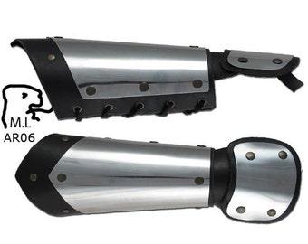 New Medieval style Pair of Bracers half gauntlet in stainless steel Armor Larp ar06