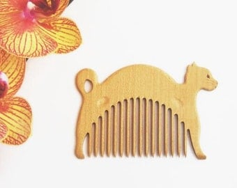 Wooden Comb White Cat - Hand Carved Natural.  Head Handle - Ready to Ship