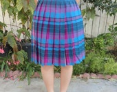 Vintage 1960s / 1970's Plaid Reversible Wool Pleated Skirt