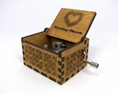 Music Box: Engraved  wooden music box (Wedding March - Here Comes The Bride)