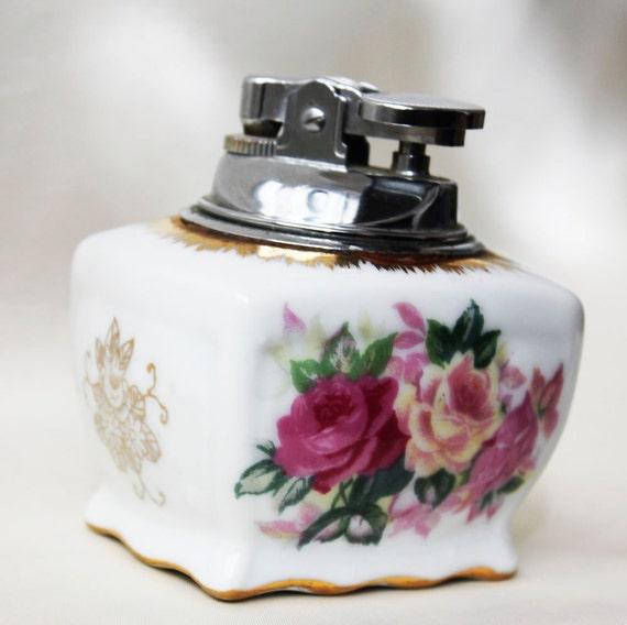Vintage porcelain table cigarette lighter flowers beautiful