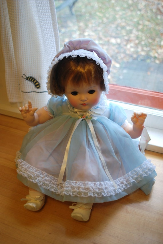 "Madame Alexander Baby Doll -- ""Mommie's Pet"""