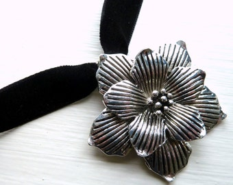 Large Pewter Flower Velvet Necklace (metal, choker, chocker, jewelry, classy, goth, gothic, romance, silver tone, floral)