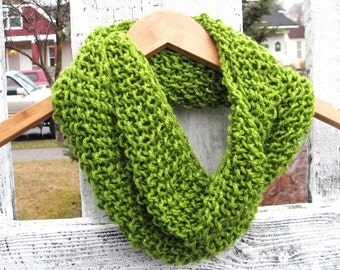 Seed Stitch Knit Cowl Scarf in Sparkly Green - Made to Order