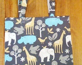 Zoo design tote bag in brown with zoo animals in varous colours