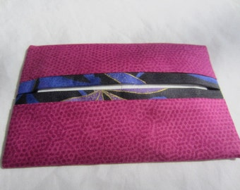 Pink Pocket Tissue Holder