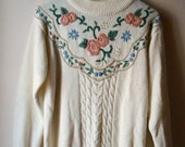 Vintage FLORAL Granny Style Sweater