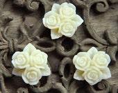 10pcs white  resin flower cab    Cabochons  pendant finding  RF045