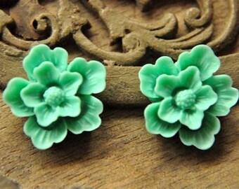 8pcs green resin flower  sakura    Cabochons  pendant finding  RF014