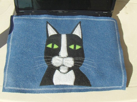 Laptop Computer Screen/Keyboard Protector Mat: made of Cobalt Blue Felt with Black and White Felt Embroidered Applique Cat.
