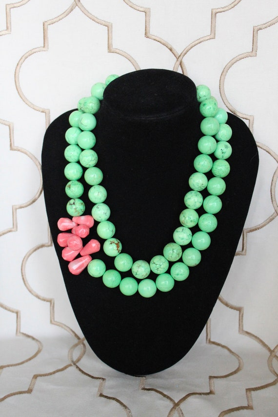 Camille necklace - Modern & preppy.  Pink teardrop beads surrounded by large mint beads.