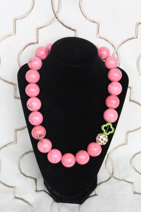 preppy necklace modern preppy large pink howlite
