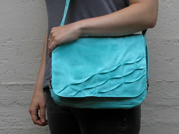 Vegan Bike Pannier - Turquoise and Red Ripple Pannier
