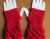 Fingerless Gloves in Red with Crocodile/Mermaid stitch.