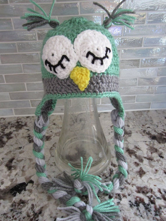 FOR LAURA, Custom listing for 3 - 6 months. CUTE Owl hat with ear flaps and braids.