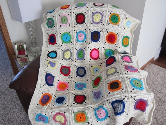 Modern Granny Square BLANKET/BEDSPREAD. Multicolored blanket. COZY Crochet Afghan.