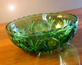 Vintage Emerald Green Pressed Glass Bowl.  Depressed Glass.  Retro.