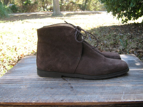 Vintage 80's LAURA ASHLEY Chocolate Brown Suede Flat Lace Up Ankle Boots Size 38 / 7.5
