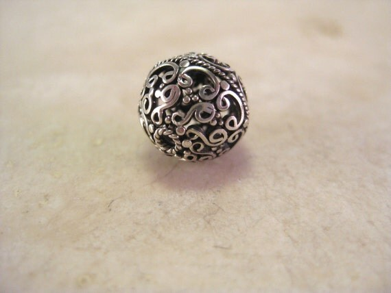 1 Sterling Silver Handmade Filigree Bali Bead with Open Wire Work. 13mm, oxidized silver. Nina Designs