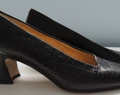 Vintage Black Pumps by Caressa Crocodile Pattern