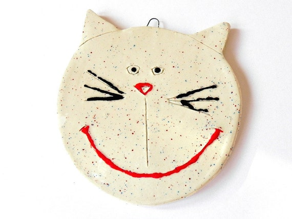 Cat Ornament Ceramic White Red Blue Dots Summer Pottery Eco Friendly Materials Recycled Paper Box