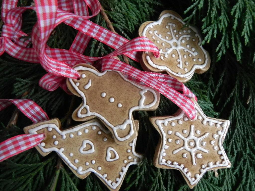 Christmas Ceramic Gingerbread Ornaments Star Flower