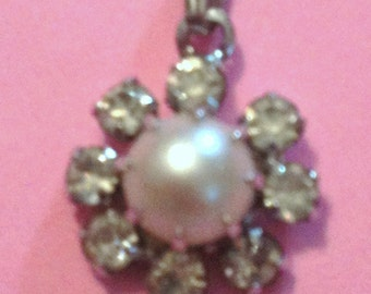 Rhinestone & Pearl Flower Pendant