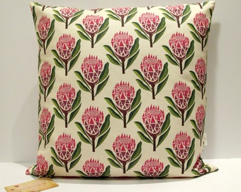 Pretty proteas cushion cover
