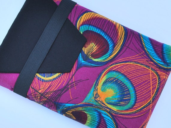 Kindle Fire, Kindle Keyboard, Kindle 3 Soft Sleeve, Cover, Case - Peacock Feathers on Dark Purple/Pink