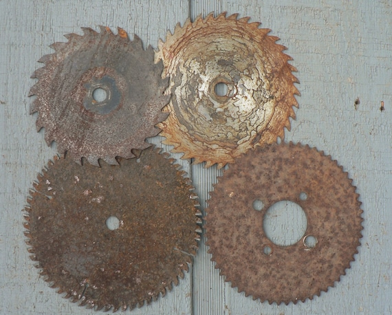 4 Rusty Saw Blades Industrial Salvaged Assemblage Art Supply