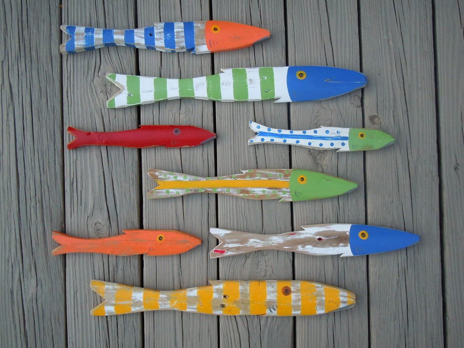 School of 8 hand painted picket fish art by cottagetocabin for How to paint a fish
