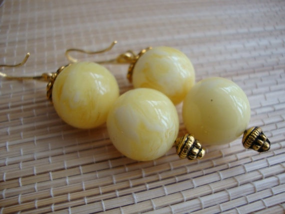 Amber Resin - Milled - White Yellow Cream Color Handmade Artisan Vermeil 18K Gold Filled Wonderful Bezel Earrings