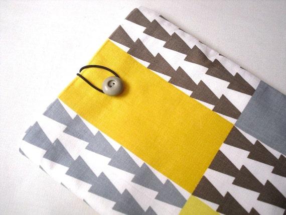 iPad case, iPad sleeve, iPad cover, Tablet sleeve Padded. Aztec print. Geometric Mustard yellow brown beige