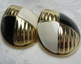 Vintage Ivory & Black Enamel Clip on Earrings 1980s abstract retro jewelry Avon jewelry comfort clip on earring metal clip on earrings
