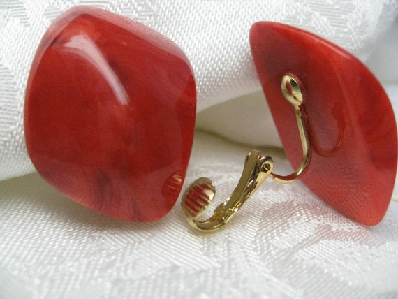 Vintage Red Earrings clip on style faux stone retro 1980s jewelry