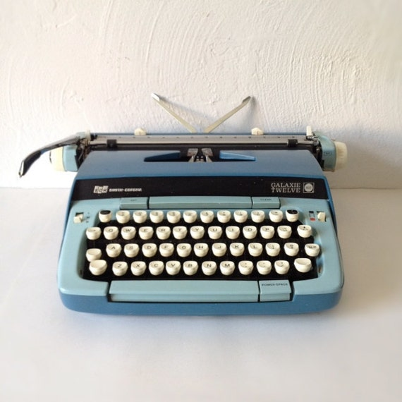 Vintage Smith Corona Galaxie Twelve Manual Typewriter