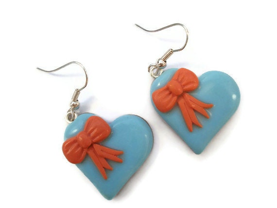 Blue and Coral Heart Earrings with Bows by KireinaJewellery |  Craft Juice :  blue polymer clay kawaii crafts