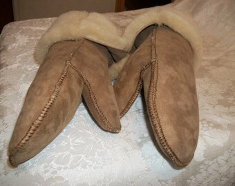 Handcrafted Sheepskin Mittens -- Adult Small-Medium-Large NWT