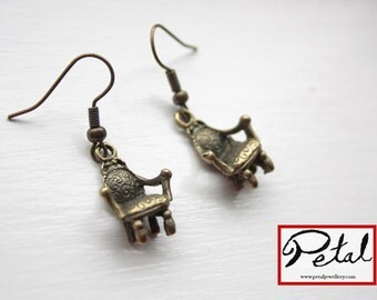 Chair earrings - bronze - throne, seat, Louis XIV, 3D, 3 d, royalty, monarchy, king, queen, prince, princess