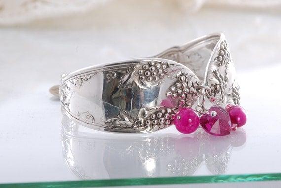 Vintage Spoon Bracelet - Grape Silverware Bracelet - Spoon Jewelry - Fushia Charm Bracelet -  Spoon Bracelet   (mf  659)