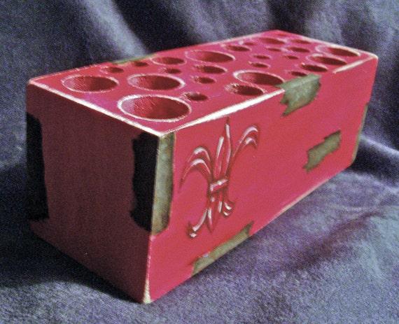 Handmade Wooden Makeup Brush Holder & Bathroom Organizer - Custom Red Fleur De Lis