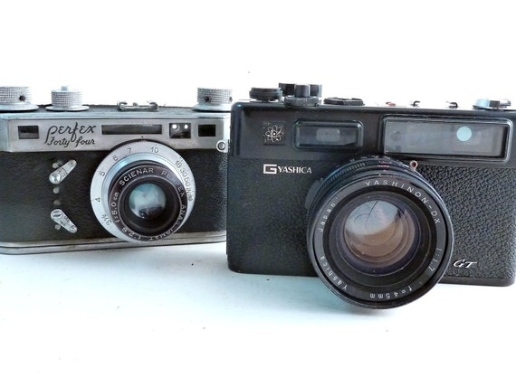 DISPLAY/// Yashica GT, Perfex Forty Four Rangefinderfinder Film Cameras////REPAIR