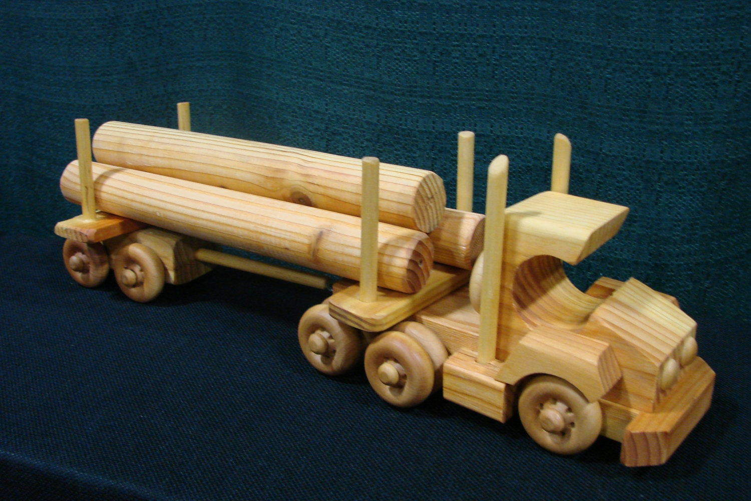 making a wooden toy truck ~ easy small woodworking projects