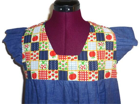 1970s adorable cap sleeve apple pattern dress by Stork Shoppe - size M/L/XL