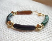 Retro Bead Bracelet with Faux Agate Barrel Beads, Gold Tone Beads and Spacers, Retro, Traditional