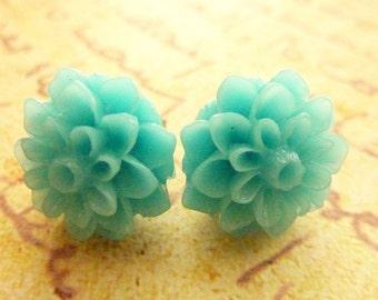 AQUA BLUE FLOWER post earrings resin chrysanthemum