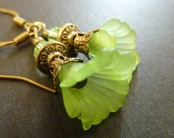 Flower earrings green fluted lucite bell flower vintage brass